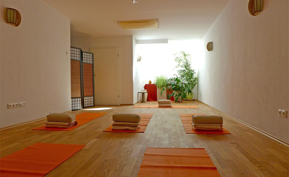 Praxis Yes in Rosenheim - Raum für Yoga